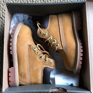 Toddler Timberland wheat Boots size 5